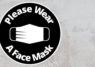 Please Wear A Face Mask – Rounded Sign, Black and White Sticker