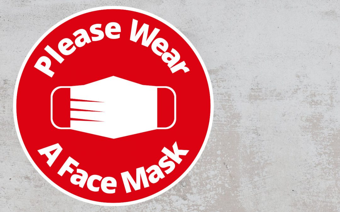 Please Wear A Face mask - Rounded Sign, Red and White Sticker
